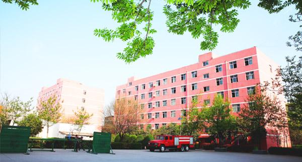 西安轨道交通学校4号公寓楼